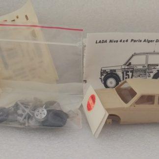LADA Niva 4x4 Paris Alger Dakar 1983