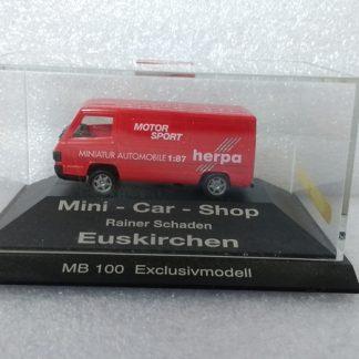 Mercedes Benz 100