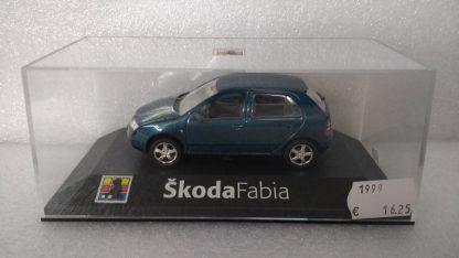 Skoda Fabia Metallic blauw